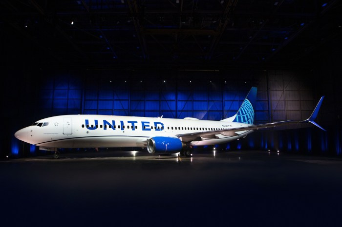 United Airlines debuts blue aircraft livery