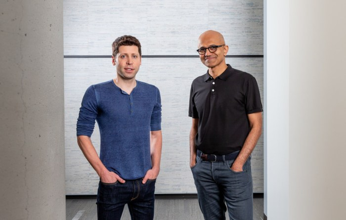 Sam Altman, CEO of OpenAI (left), and Microsoft CEO Satya Nadella.
